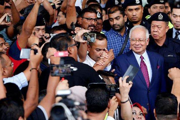 Najib Terancam Dipenjara 80 Tahun