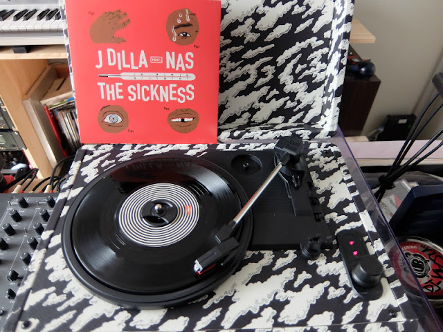The Dilla Turntableの写真です。