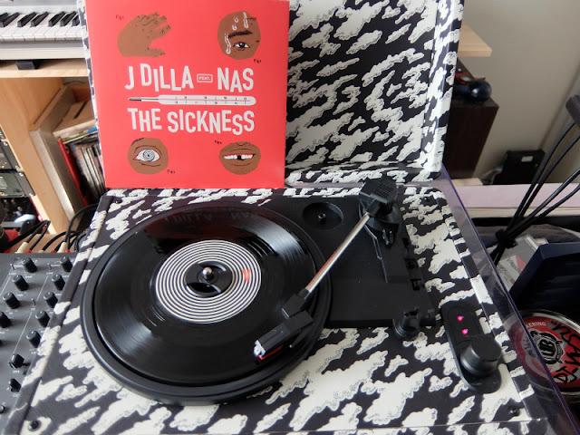 The Dilla Turntableの写真です。