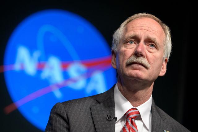 AS dan Rusia Akan Bekerjasama Kirim Manusia ke Bulan