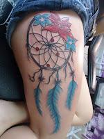 Tatuaje de atrapa sueños