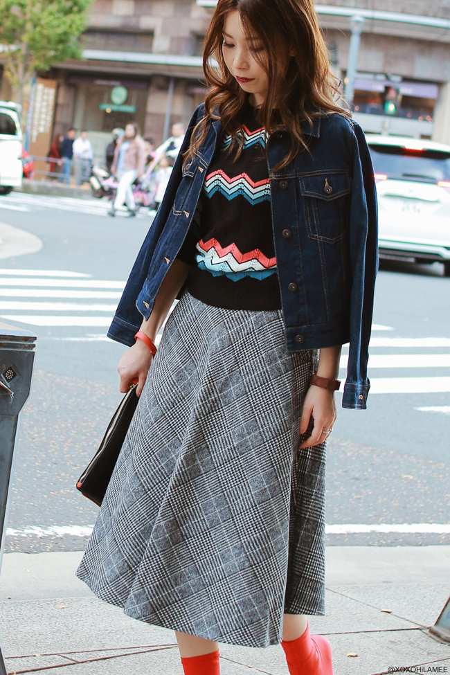 Japanese Fashion Blogger,MizuhoK,1103OOTD,GU-denim jacket,harem shuffle-zigzag knit,Chicwish-gray check flare skirt,H&M-sock boots,misscogirl-color studs clutch,Andreas Ingeman-watch