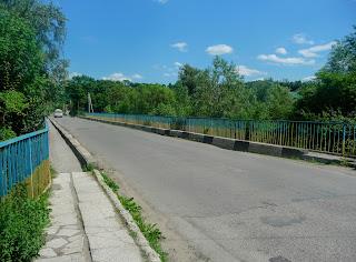 Галич. Автомобільний міст через річку Лукву
