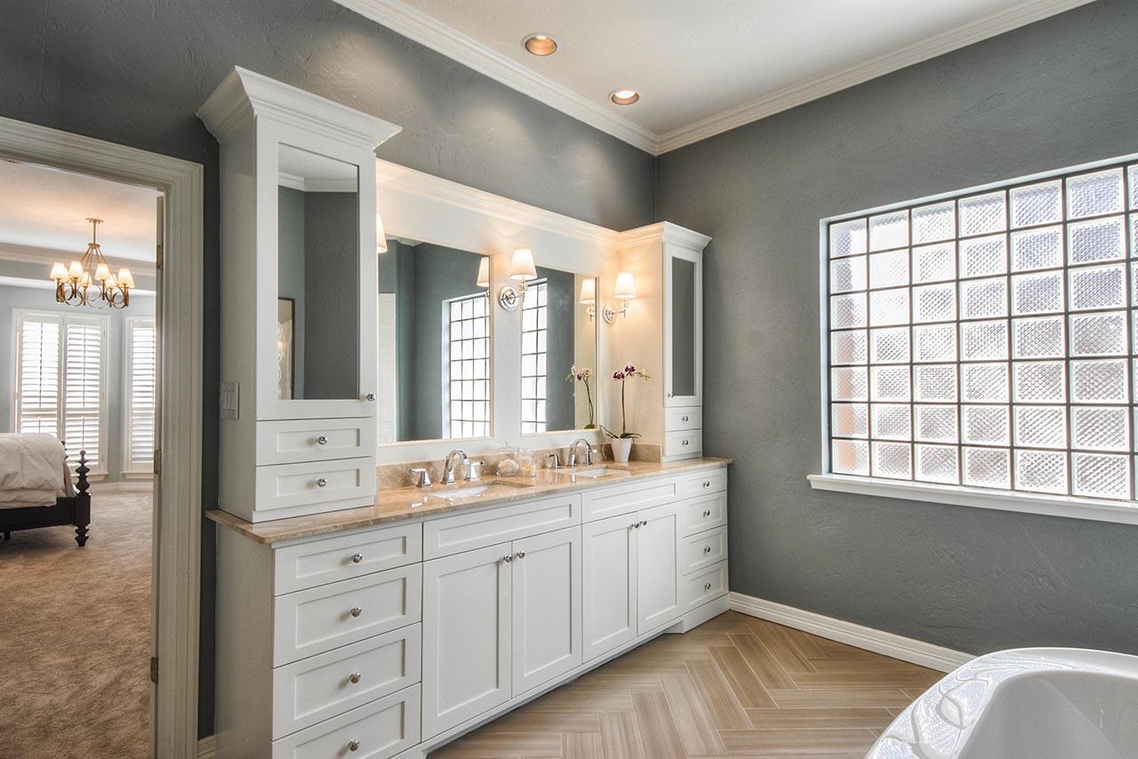 Modern Maizy: Master Bathroom Remodel on Master Bathroom Remodel Ideas  id=85897