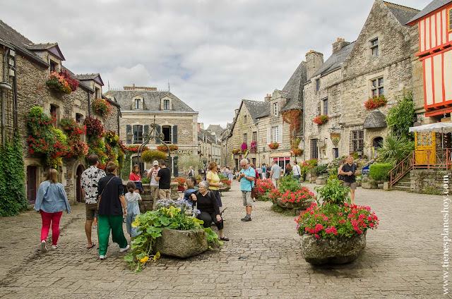 Viaje en coche pueblos bonitos Bretaña Normandia