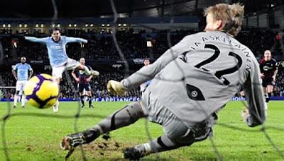 PERATURAN ADU PINALTI AKAN DIUBAH DALAM UEFA CHAMPION LEAGUE