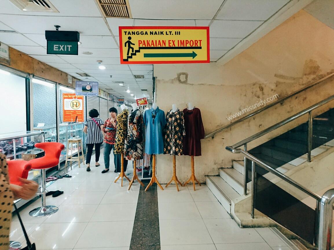 lokasi yang jual baju bekas di pasar baru jakarta