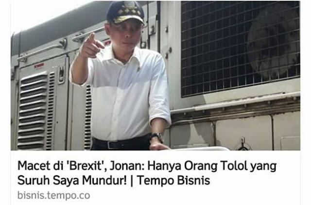 Mentri Jonan Kemasi Barang Setelah Dicopot Jokowi