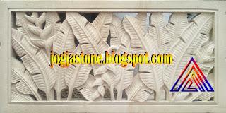 Roster dari batu alam putih Motif  Pisang-pisangan