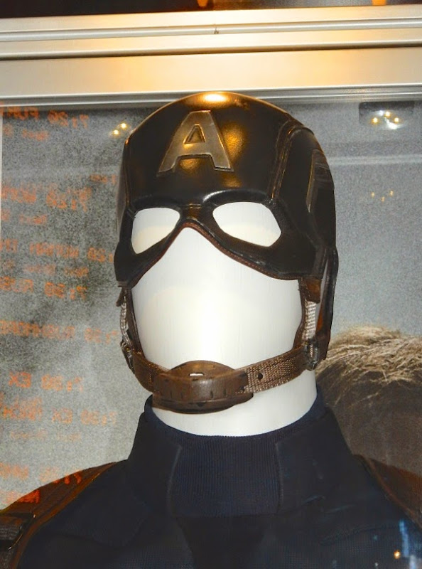 Captain America helmet Avengers: Age of Ultron