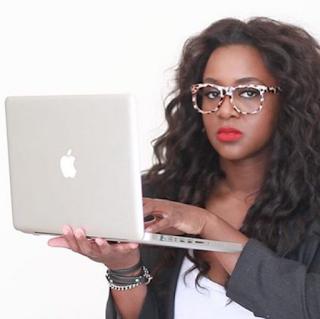 Blogueira negra inspiração: The Style and Beauty Doctor