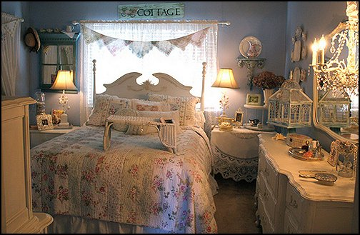 Victorian Decorating ideas - Vintage decorating - Victorian Boudoir - Romantic Victorian Bedroom Decor - lace and ruffles bedding - floral bedding - victorian bedroom photos - Vintage decor - vintage themed bedroom for a girl