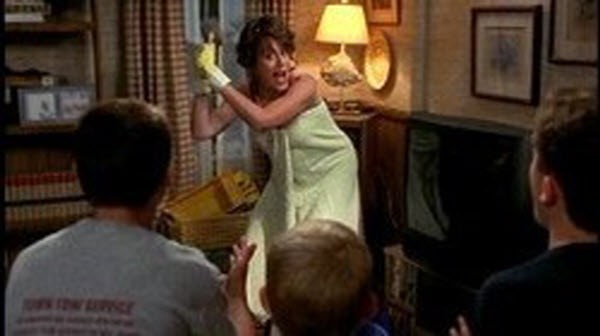 Malcolm in The Middle - Season 1 Episode 02: Red Dress
