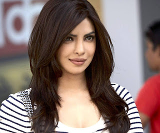 hot priyanka chopra in hollywood pics