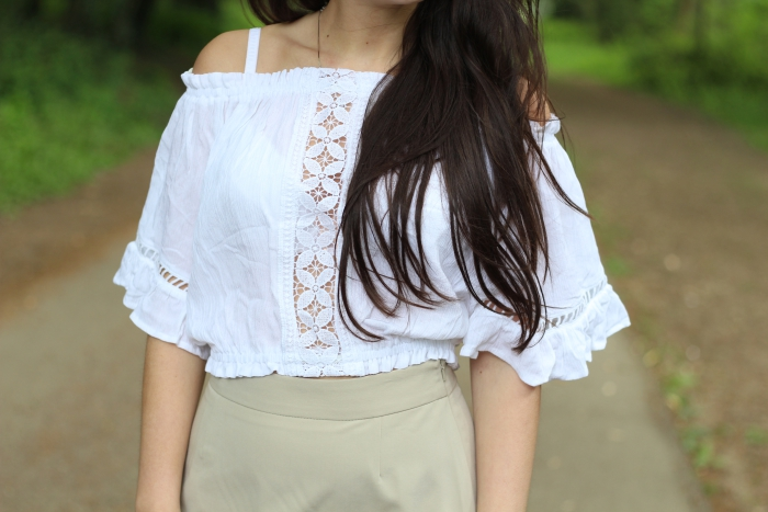 H&M white gypsy top off the shoulder
