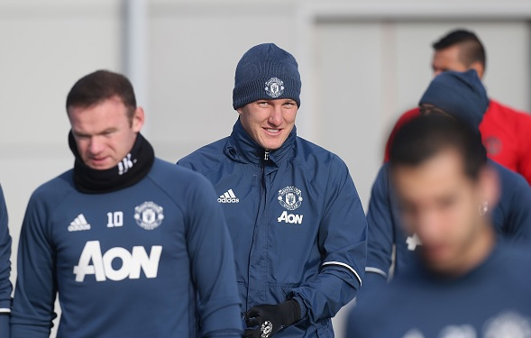 Bastian Schweinsteiger returns to Manchester United training camp