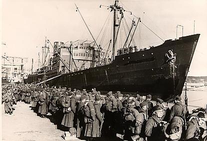 6 April 1940 worldwartwo.filminspector.com Troop ship