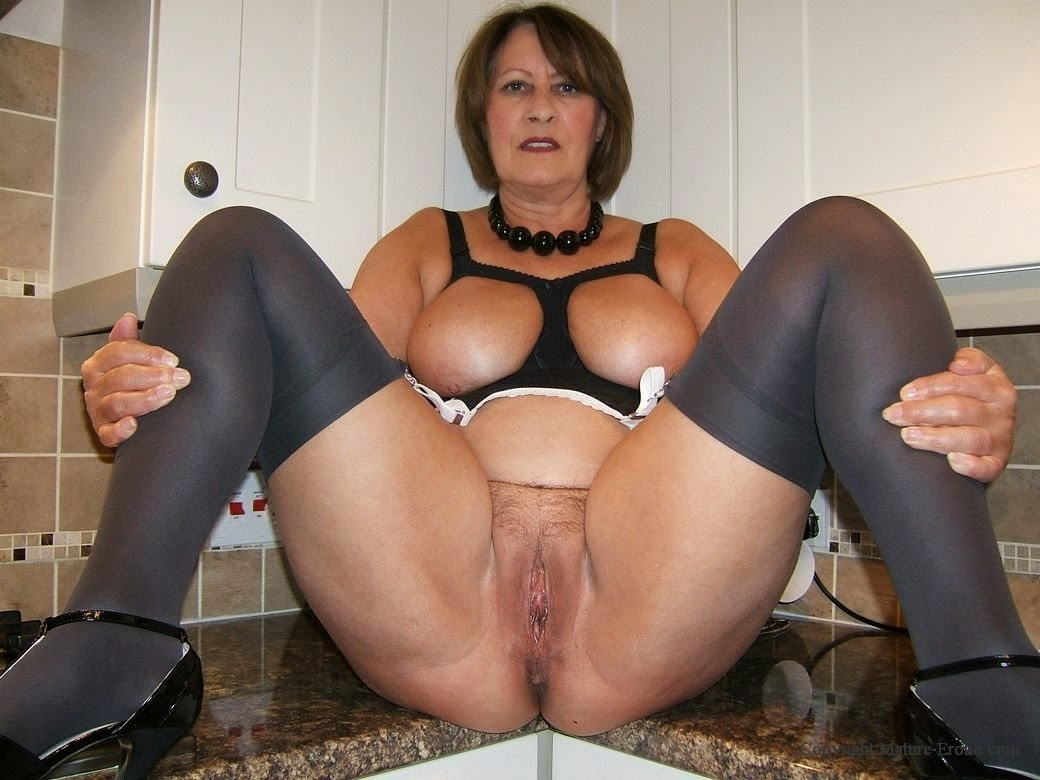 mature erotic liz