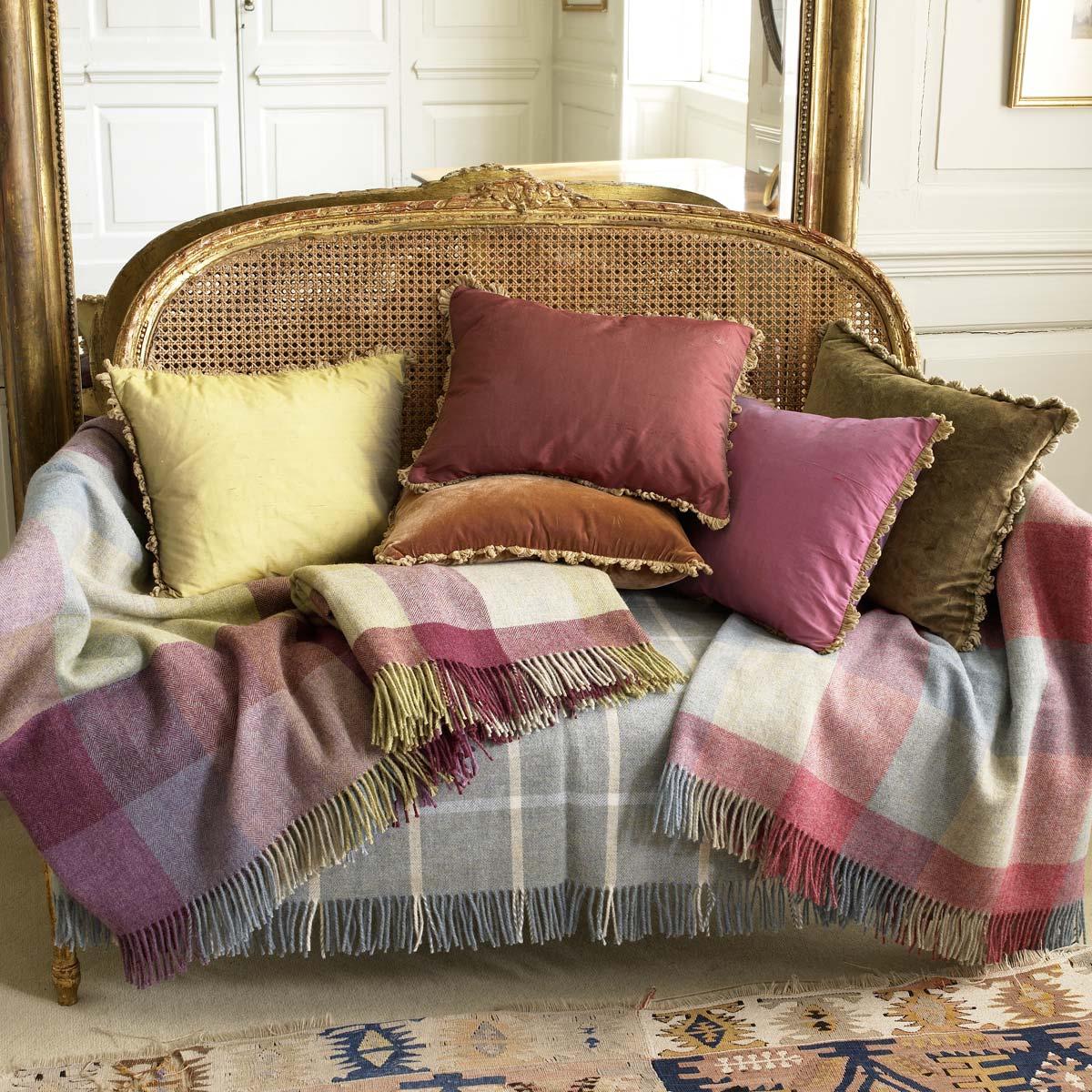 Blog de decorar con cojines - Cojines para sofas de piel ...