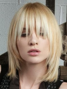 Cool Medium Layered Haircuts For Fall - Hair Styles | Hair Color | Hair Cut
