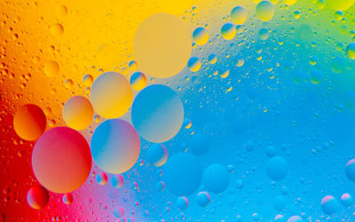Colorful Bubbles - Fond d'Écran en Full HD 1080p