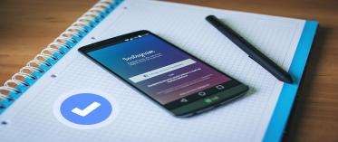 cara agar instagram terdapat lencana biru