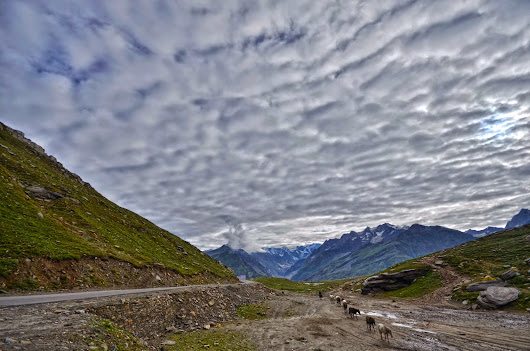 Rohtang Pass in Himachal Pradesh ~ Tourist Places in India
