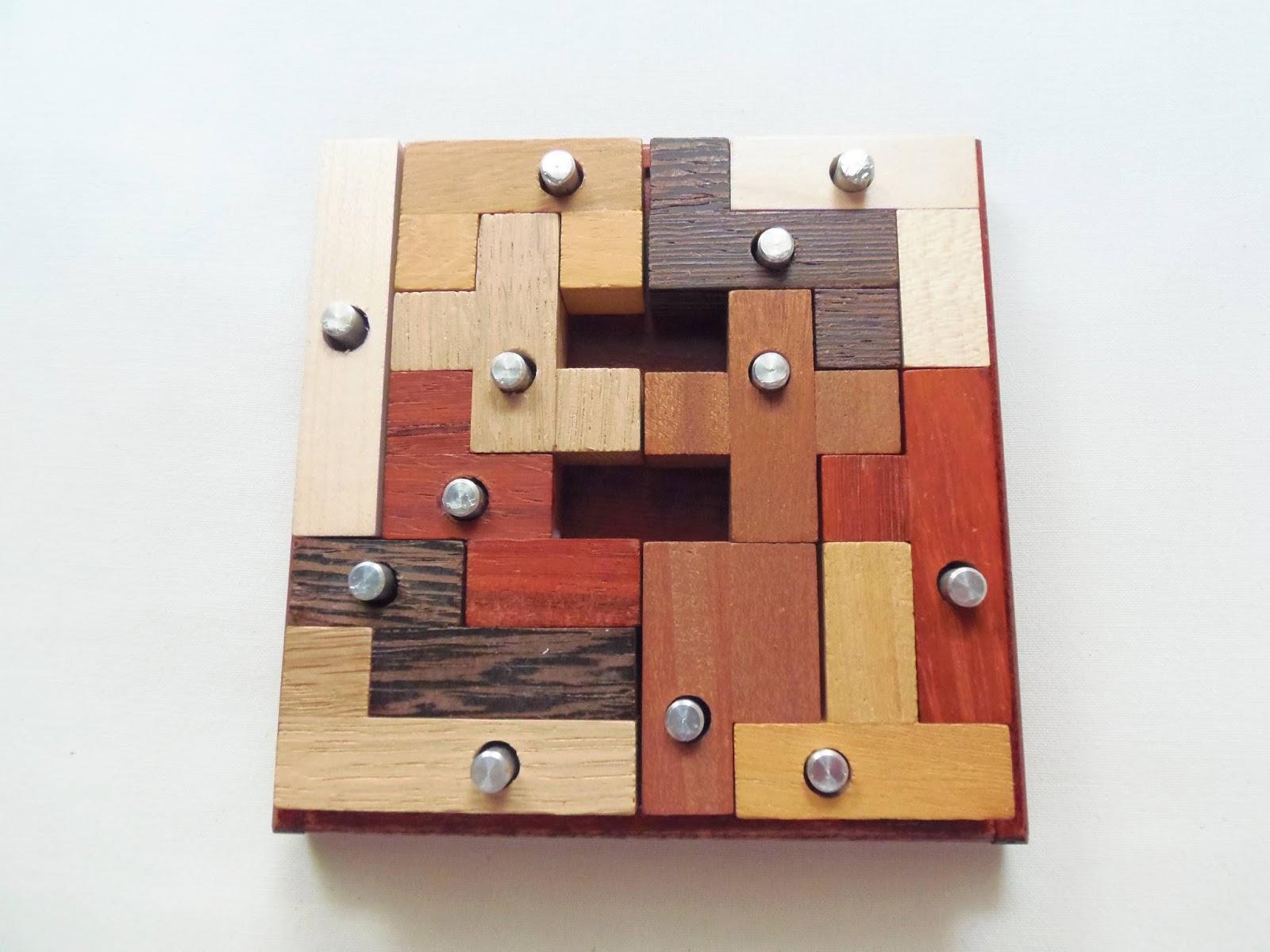 Gabriel Fernandes' Puzzle Collection: Nagelbrett