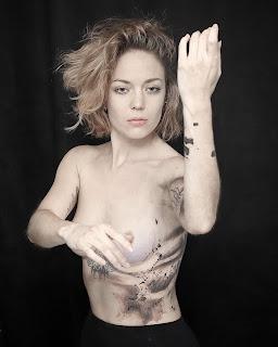 tatouage abstrait femme olivier poinsignon clermont-ferrand