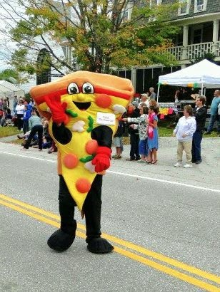 Pizza Guy at the Antrim NH Home Harvest Festival _New England Fall Events