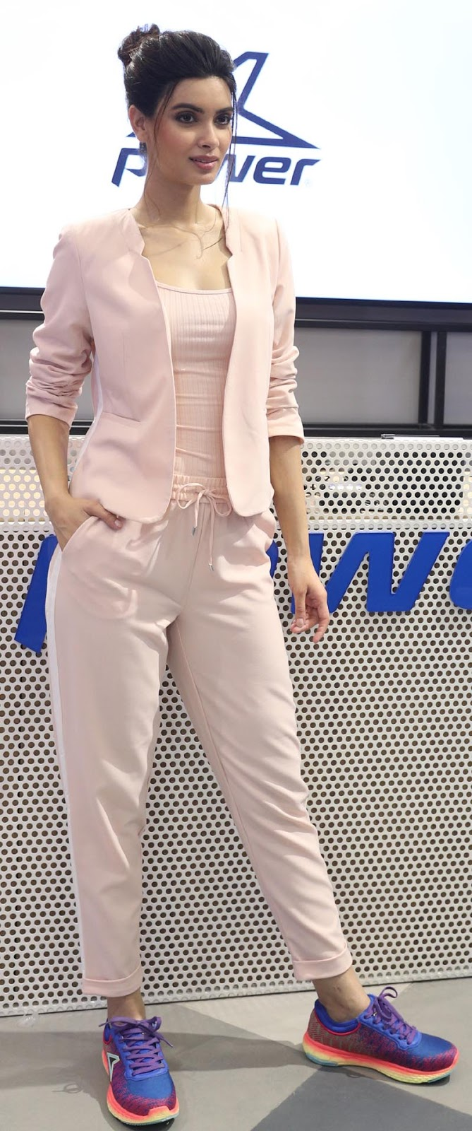 Diana Penty shows sports Power Shoes at the World's first exclusive Power store launch