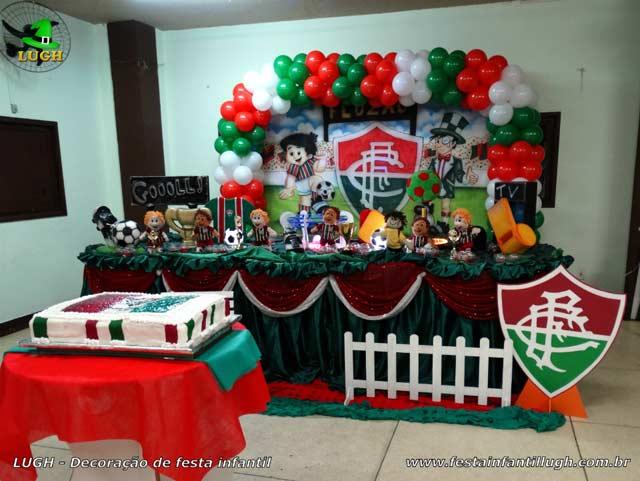Decoração festa de aniversário tema Floresta Baby - Mesa tradicional de tecido(pano)