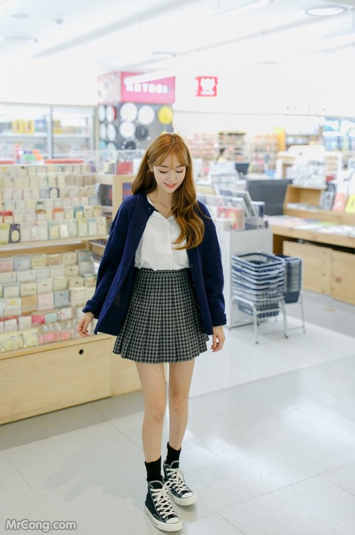 Người đẹp Si Yeon trong bộ ảnh thời trang tháng 9/2016 (17 ảnh)