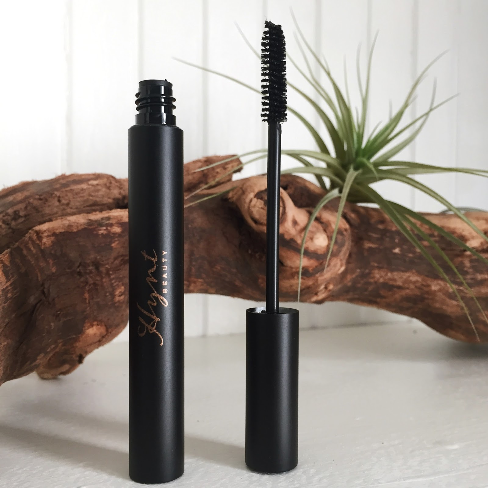 Hynt Beauty Nocturne Mascara Review