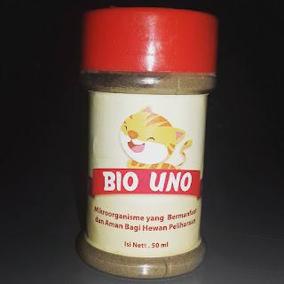 Bio Uno adalah Ezim yang dimasukan kedalam bakteri yang baik yang ditidurkan , Fungsi BIO UNO untuk menambah jumlah Enzim guna memaksimalkan penyerapan nutrisi penting yang hilang pada saat pembuatan makanan kering maupun makanan kaleng   Enzim sangat diperlukan untuk penyerapan asupan gizi yang sempurna. Bahkan jika kita memberikan hewan peliharaan kita dalam jumlah besar vitamin , mineral , karbohidrat , lemak dan protein tanpa Enzim untuk menghancurkan maka sebagian besar akan tidak terserap , mengapa membuang nutrisi yang sangat berharga?  Hanya dengan menambahkan Bio Uno sebanyak 3% dari berat badan kedalam makanan , minuman ataupun dengan cara disuntikan (dispetkan) kedalam mulut hewan kesayangannya.   Selain untuk membantu penyerapan nutrisi dan protein kedalam tubuh , Bio uno juga dapat menghilangkan bau pada cat litter dan membersihkan kandang , peralatan makan & minum hewan kesayangan dapat juga untuk membersihkan Lantai ruangan.Hal ini dikarenakan oleh cara kerja bakteri yang ditidurkan akan aktif jika terkena liquid/cairan.   Bio Uno bukanlah obat sehingga tidak mempengaruhi obat-obatan / terapi. Bio Uno hanya meningkatkan daya tahan tubuh serta membantu proses pencernaan dan menekan bakteri buruk yang mengganggu kesehatan, Bio Uno dapat digunakan untuk Anjing , Kucing , Burung , Kuda , Kelinci , Musang , serta hewan peliharaan eksotis lainya.     Info dan order call/sms/wa 085717390502