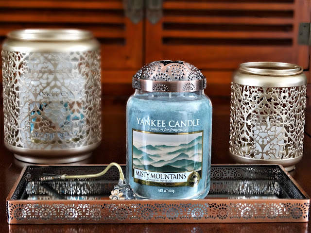 avis Misty Mountains (Montagnes Brumeuses) de Yankee Candle, avis yankee candle , bougie parfumee, blog bougie, candle blog, candle review, just go collection, nouveautés yankee candle