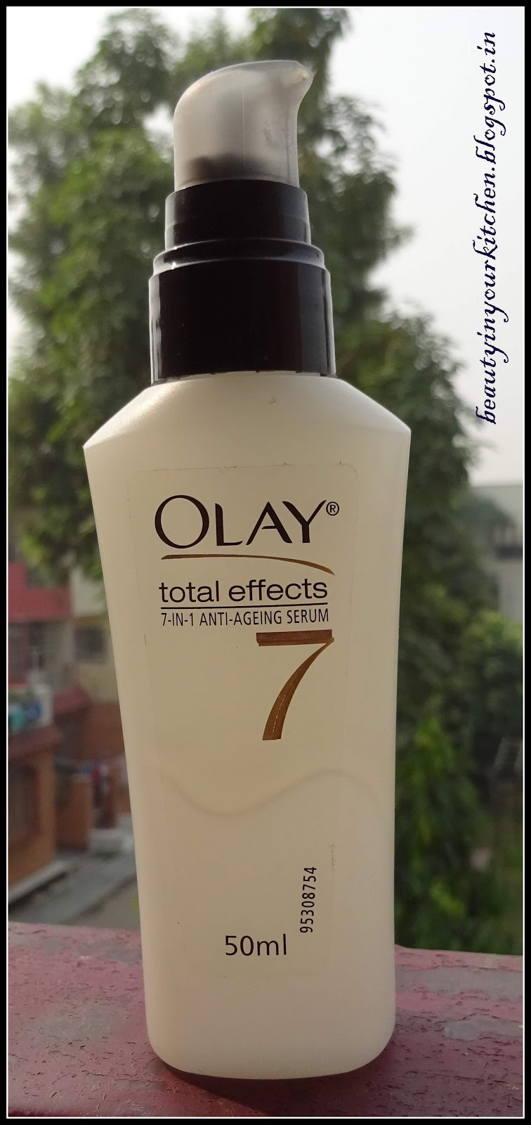 Home And Me November 2015 Olay Total Effects 7in1 Anti Ageing Serum 50ml 7 In 1 Was Quite Disappointing It Really Did Not Do Anything For So My Search A Good Is Still On