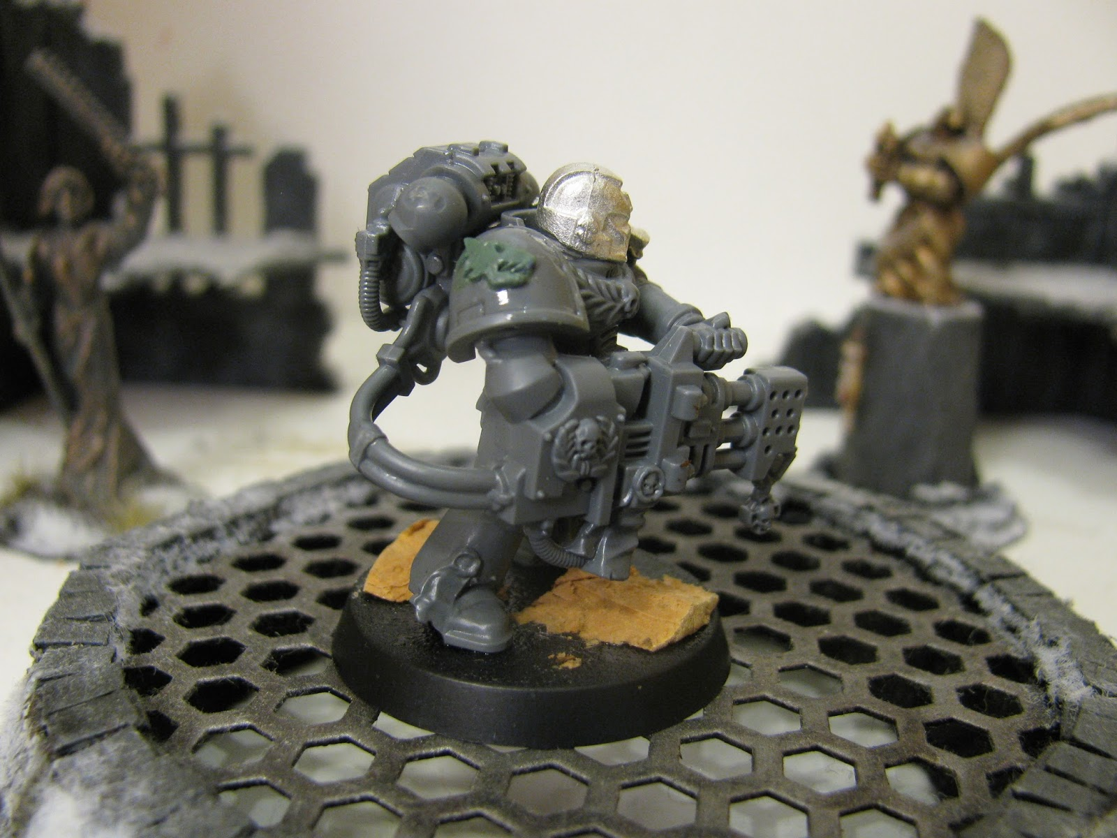 Chipped Fang: Salamanders Deathwatch Battle Brother with a