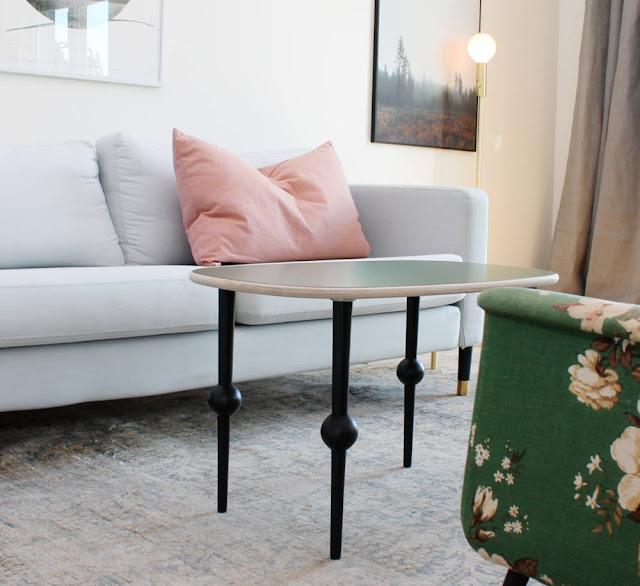 5 sites pour personnaliser vos meubles ikea initiales gg. Black Bedroom Furniture Sets. Home Design Ideas