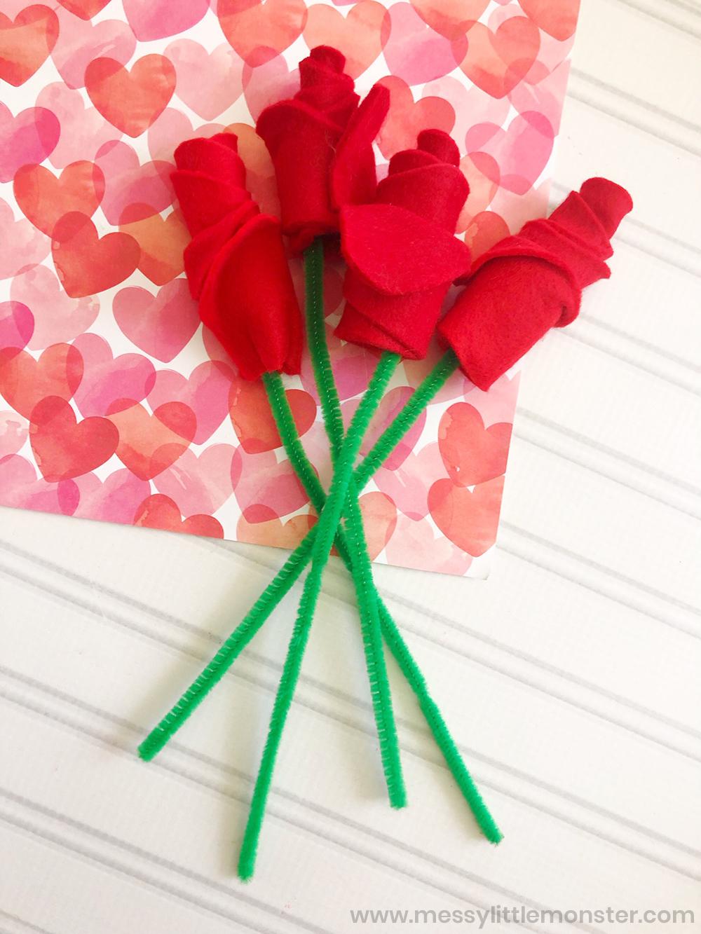 Felt flower bouquet. Easy flower craft for kids.