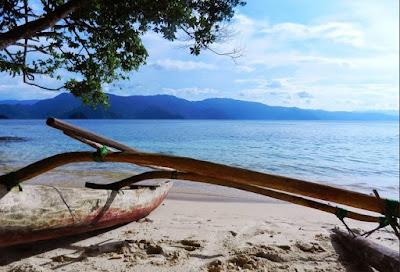 wisata pantai harlem di papua