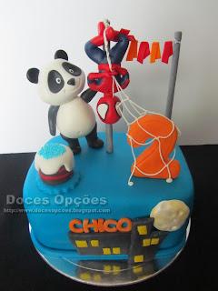 O Panda e o Homem Aranha foram ao 2º aniversário do Chico