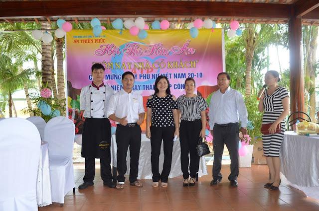 Xe Phúc Thuận Thảo - Ban giám khảo của hội thi nấu ăn