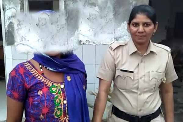 health-department-team-and-faridabad-police-arrested-women-news