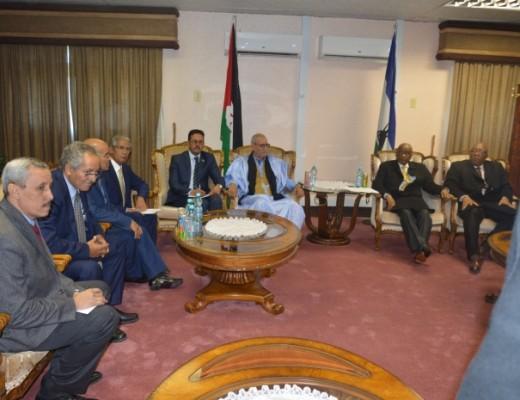 الجمهورية الصحراوية ومملكة ليسوتو تلحان بقوة في بيان مشترك على ضرورة التزام المغرب بمبادئ وأهداف الاتحاد الإفريقي