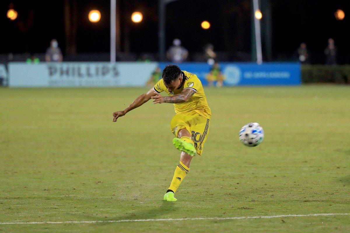 VIDEO: Zelarayán marcó un golazo de tiro libre en el triunfo de Columbus Crew en la MLS