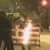 Επεισόδια στο Πολυτεχνείο: Οργή! Σκίζουν και καίνε ελληνικές σημαίες (video)