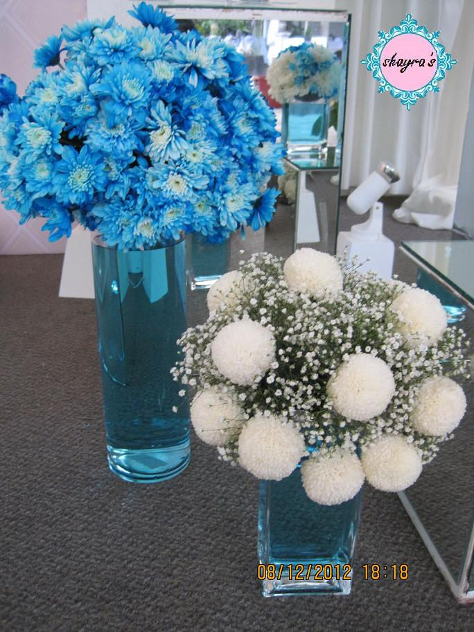 Flora By Shayra Blue White Flower Arrangements In Crystal Clear Vases
