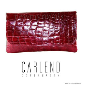 Crown Princess Mary carried Carlend Copenhagen Vanessa red Clutch