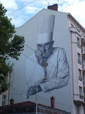Als großes Wandgemälde verewigt: Star-Koch Paul Bocuse in Lyon